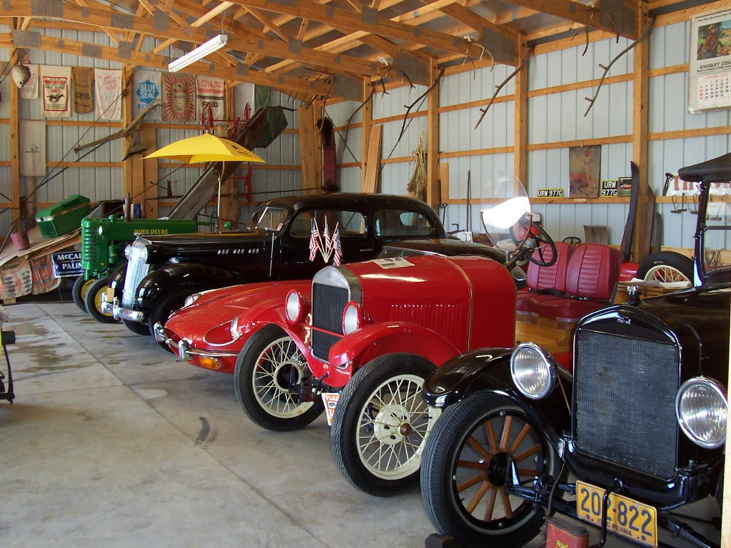 The Shed - Scandia - Antique cars